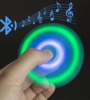 Pörgettyű - Fidget Spinner - LED-es Bluetoothos PARTY KING - Különböző színekben