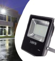 100 Wattos kültéri LED reflektor